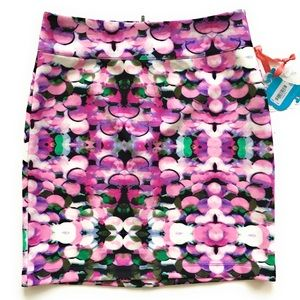 Nanette lepore, multicolored skirt, Sz medium, New